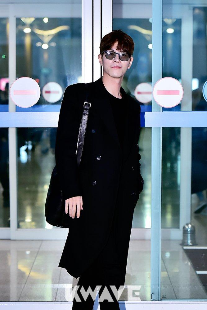 홍종현 공항패션