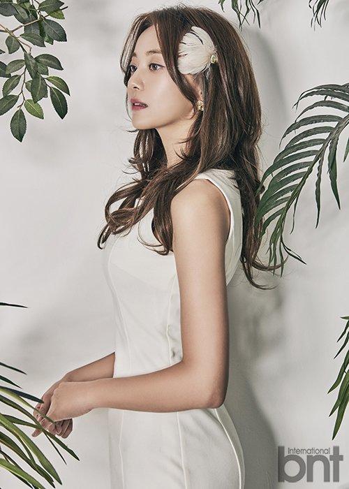 공서영-이세나, bnt 화보