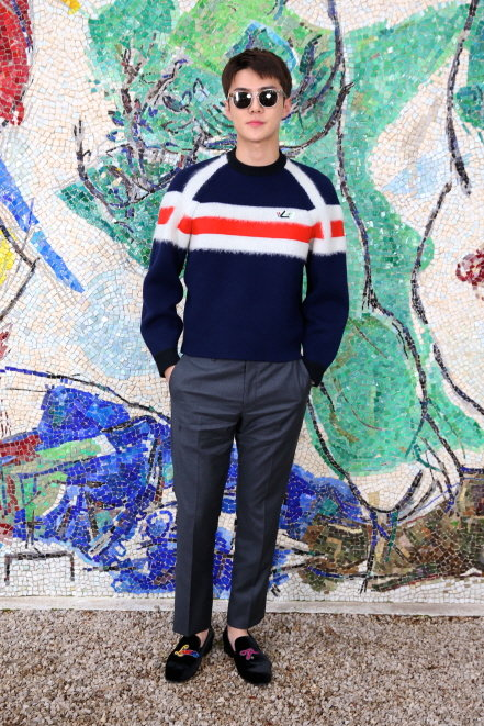 루이 비통 2019 크루즈 컬렉션 패션쇼