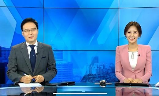 86a16124e3c 박유라 아나운서(오른쪽). /사진=박유라 인스타그램 캡처