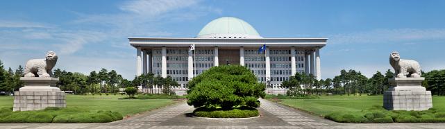 후반전 맞는 '20대 국회 상임위' ... 명당 찾는 의원들