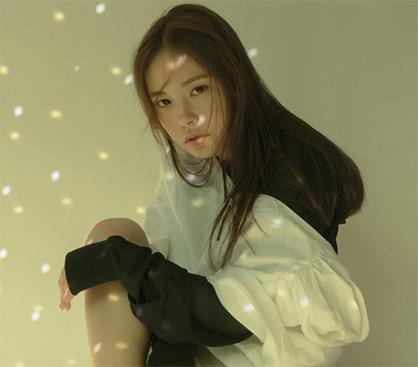 민효린, 러블리+시크 화보…올 봄 캐주얼룩 이렇게