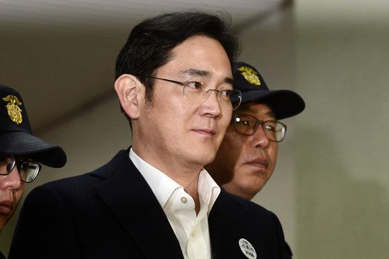 '朴·崔에 433억 뇌물' 이재용 두번째 재판, 23일 열린다