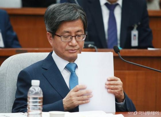 """김명수 """"사법개혁 추진할 것""""…""""소년법 폐지·동성혼 허용 안돼"""""""
