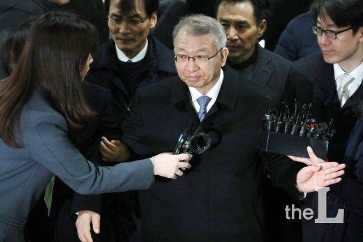 사상 첫 전직 대법원장 구속 기로…양승태, 23일 늦은 밤 구속 여부 결정