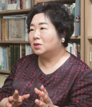 """김석향 이화여대 북한학과 교수, """"김정은 불러낸 건 북한 주민들"""""""
