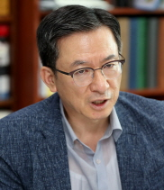 """정성호 """"신상털기 아닌 자질검증으로""""…인사청문회 제도 바꾼다"""