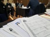 취업난 청년, '긴장감 백배' 취업 면접에서 살아남기