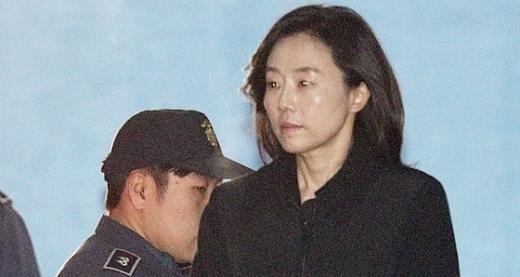 '1심 무죄' 조윤선, </br>2심서 법정구속된 이유는