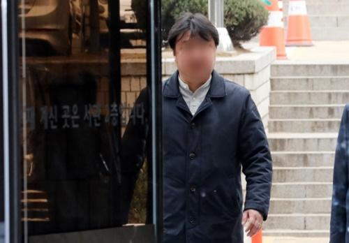 '승리 성접대 정황' 아레나 실소유주 강모씨 구속영장