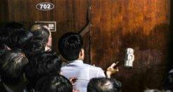 '공사용 대형망치'까지<br>아수라장 된 국회