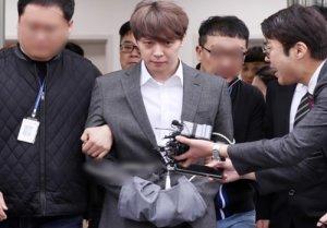 """'필로폰 투약 혐의' 박유천 구속..""""증거 인멸+도주 우려 有"""""""