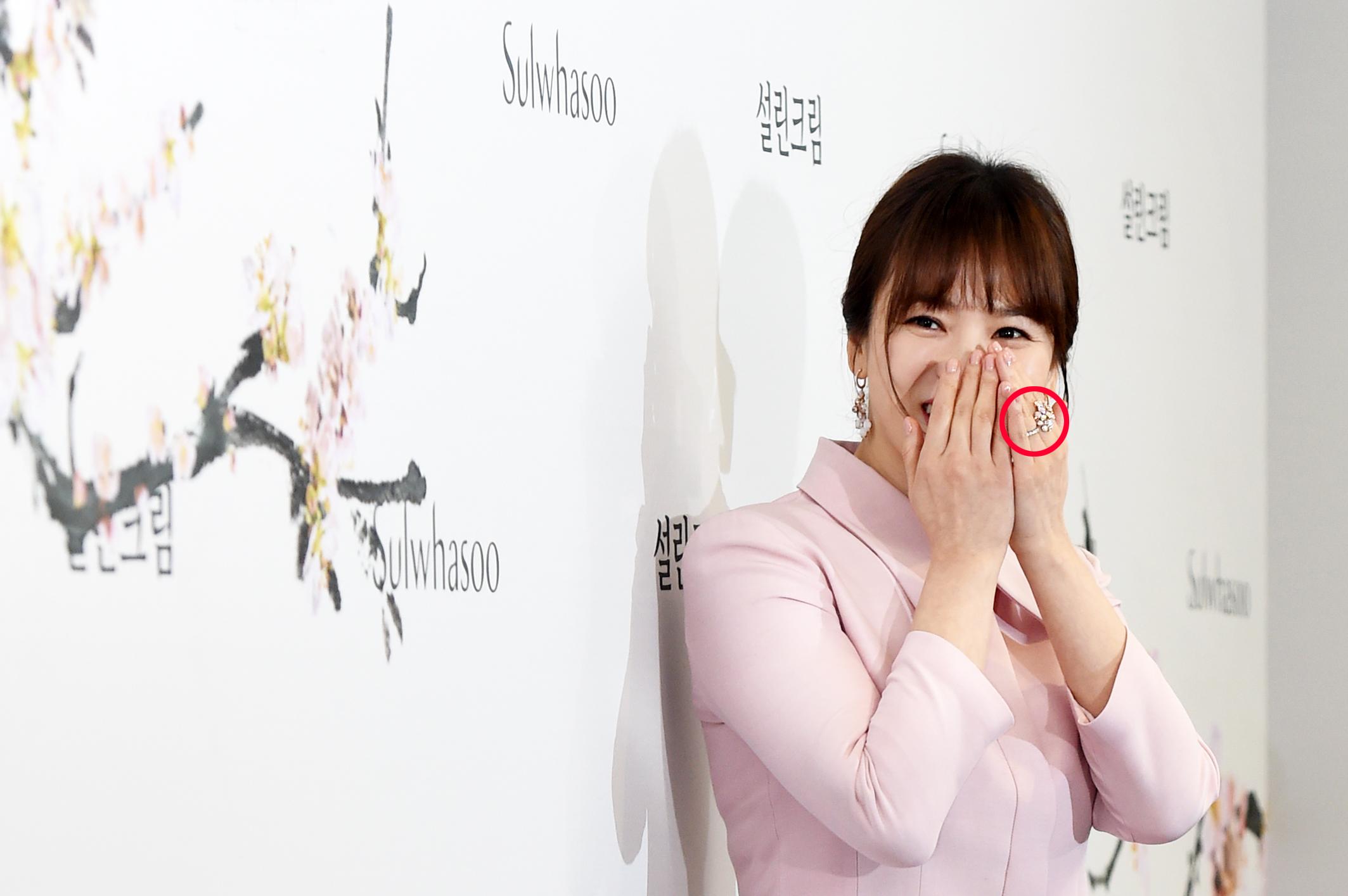 톱스타 '송혜교', '송중기'와의 결혼 후 첫 국내 공식석상