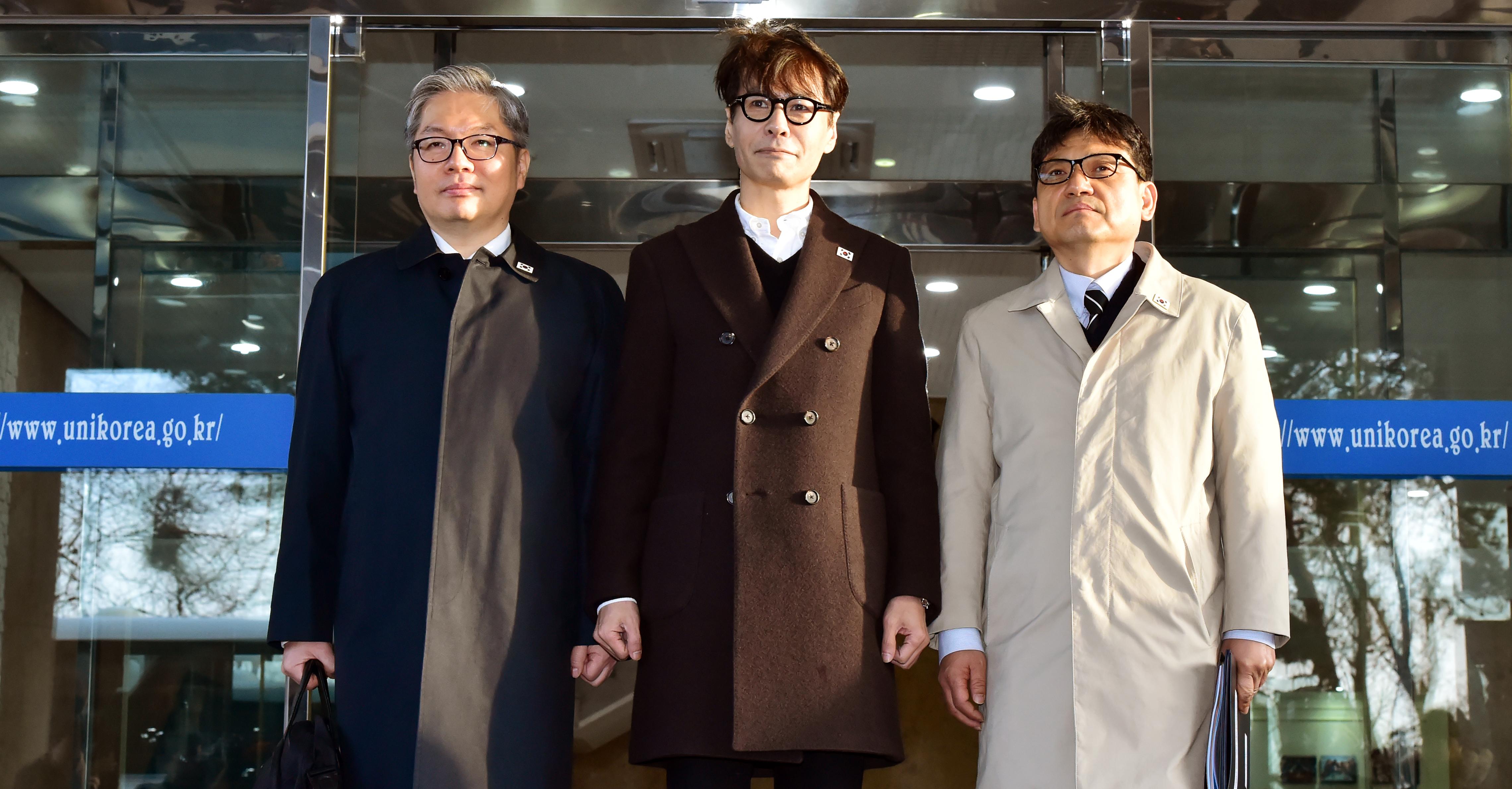 예술단 평양 공연 관련 남북실무접촉 차 대표단 출경