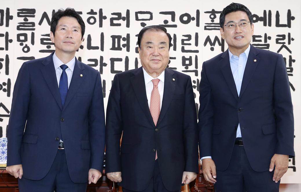 한국당 불참속 국회의장-원내대표 교섭단체 회동
