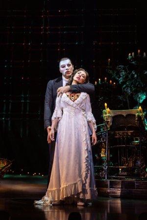 K-방역의 상징으로 떠오른 '오페라의 유령'