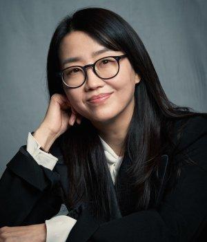 [인터뷰] 김은희 작가, 민초로 쌓아올린 '대서사