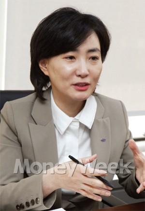 증권가에 부는 女風 '점점 거세진다'