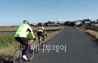일본, 전기자전거 고급자전거 열풍 부나