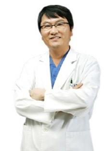 ▲보자르성형외과 배강익 원장(사진제공 = 보자르 성형외과)