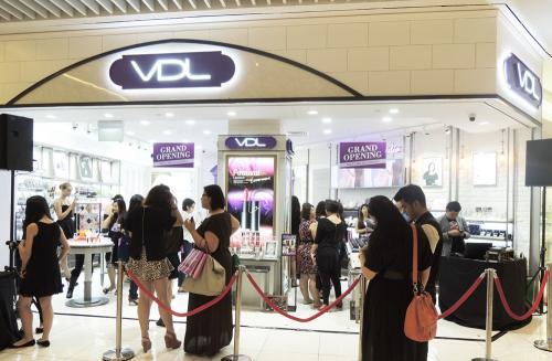 LG생활건강, 'VDL' 싱가포르 1호점 열고 해외시장 공략