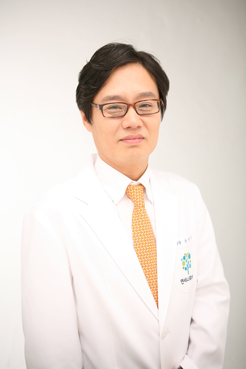 ▲연세나무병원 류권의 대표원장