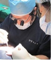 [김진영의 모발이식지침서(23)] 탈모치료 위한 모발이식 , 효과적인 방법은?