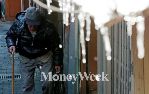 韓 노인빈곤율, OECD 국가 중 압도적 1위