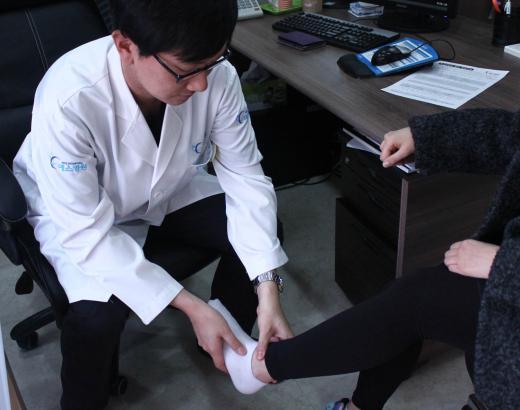 무리한 다이어트·높은 하이힐, 무릎건강엔 적신호...연골연화증 불러와