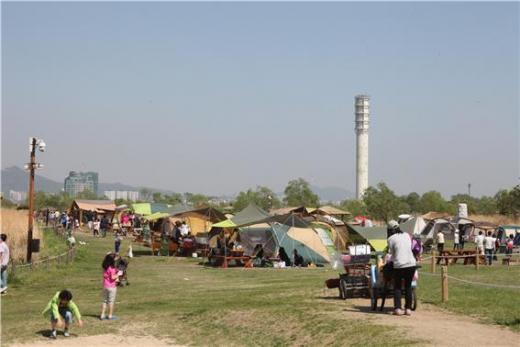 노을공원 가족캠핑장.(사진제공=서울시)