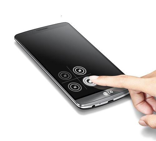 신제품 'G3'에서 노크코드로 잠금을 해제하는 모습. /사진제공=LG전자