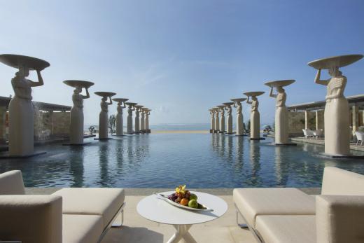 물리아 발리, '세계 최고의 스위트 룸 101선'포함