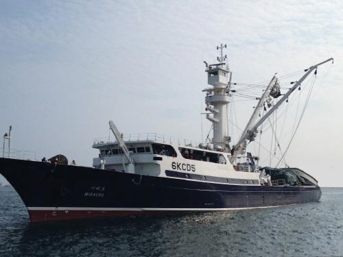 동원산업, 2천톤급 선망선 필두 남태평양 참치잡이 나선다