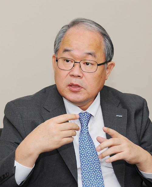 [CEO] '고신영달'서 '품달'로 변신 나섰다