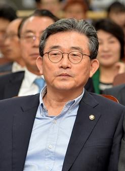 이한구 새누리당 경제혁신특별위원장 /사진제공=뉴스1