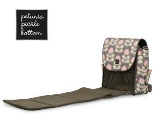 [ITEM PICK] 아이와 캠핑 갈때 챙길 것들...카시트·기저귀가방·일회용 젖병