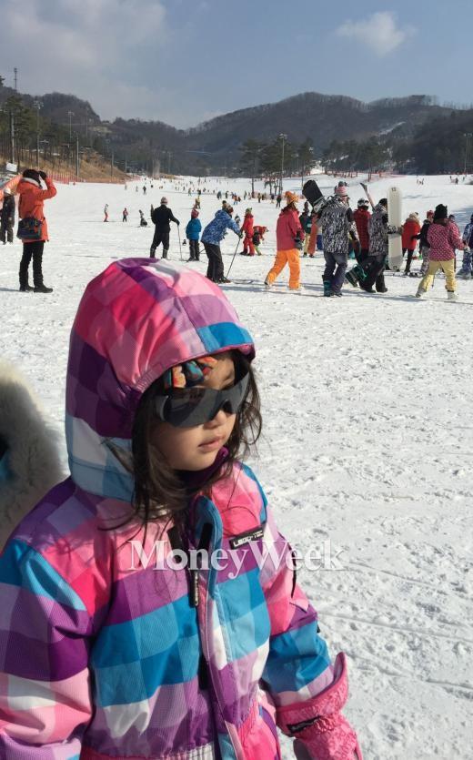 스키장 눈(雪)에 눈(眼) 상한다…자외선 여름의 4배, 겨울 설맹증 주의보