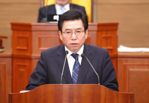"""구충곤 화순군수 """"군민·의회와 소통하는 행정 펼치겠다"""""""