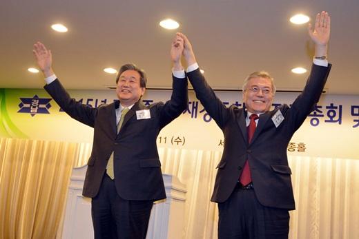 김무성 새누리당 대표(왼쪽)와 문재인 새정치민주연합 대표 /사진=뉴스1
