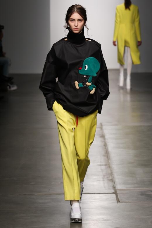 [영상] 둘리의 미국진출…KAAL ESUKTAE, 첫번째 뉴욕 패션쇼