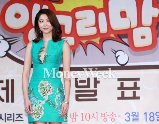 앵그리맘 제작발표회에 참석한 오윤아(사진=머니투데이 김창현 기자)
