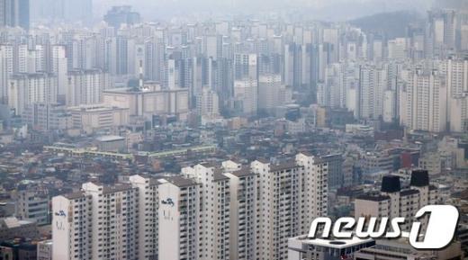서울 강남 일대의 아파트 단지. 사진제공=뉴스1