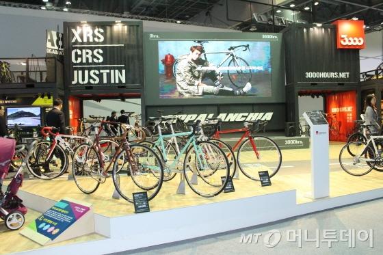 업계에서 유일하게 참가한 삼천리자전거는 전기자전거를 비롯한 신제품 34종을 선보였다./사진=박정웅 기자