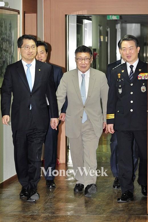[MW사진] '금감원-경찰청 합동 금융범죄 근절 선포식' 참석한 하일성