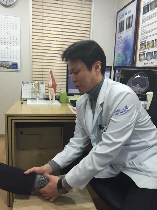 발목 염좌 후 방치하면 만성적 통증, 습관적 발목 염좌 유발…초기 치료 중요