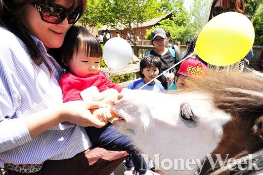[MW사진] 오늘은 어린이날, 지금 어린이 대공원에서는