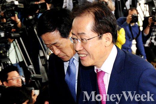 [MW사진] 성완종리스트 첫 수사대상, 홍준표 소환