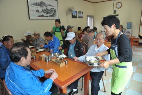 광양제철소 '나눔의 집' 65만 그릇 사랑 급식 봉사