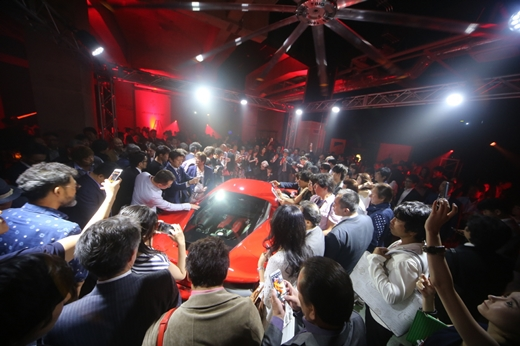 페라리, '488 GTB' 사전주문고객 일본 출시행사 초청