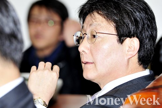 '공무원연금 개혁' 새누리당 유승민 원내대표. /사진=임한별 기자